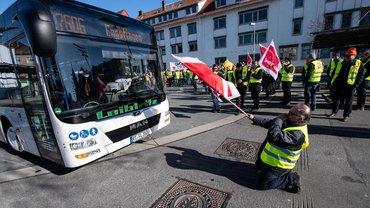 Reutlingen: Warnstreik am Zentralen Omnibus-Bahnhof