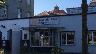 Der Eingang der Uniklinik in Düsseldorf