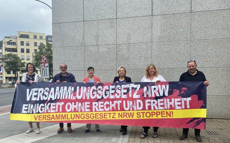 Das Präsidium des Landesbezirksvortands NRW ruft zur Demo Versammlungsgesetz stoppen auf