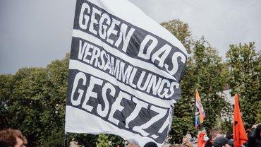 Großdemonstration gegen das Versammlungsgesetz NRW
